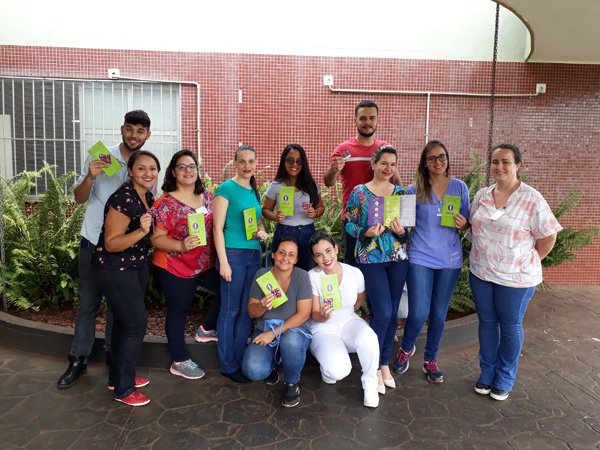 Ação de Carnaval promovida pelo HURSO promove conscientização pelo sexo seguro