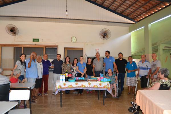 Colaboradores do HURSO comemoram semana do idoso