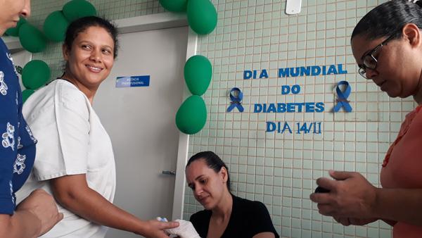 Em alerta ao Dia Mundial do Diabetes, HURSO realiza exames de glicemia
